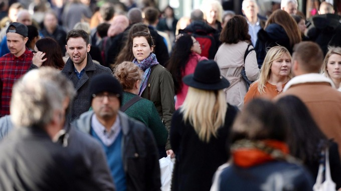 Emigration of EU citizens out of the UK increased.