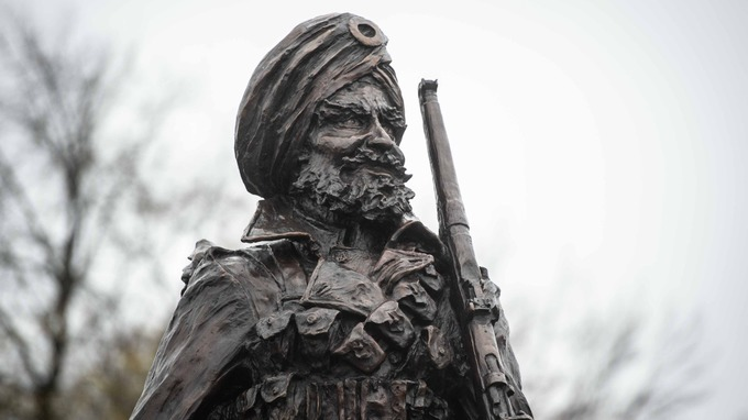 The statue is dedicated to South Asians soldiers who fought for the Britain.