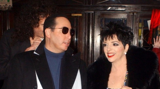 Gest with ex-wife Liza Minelli in 2003.