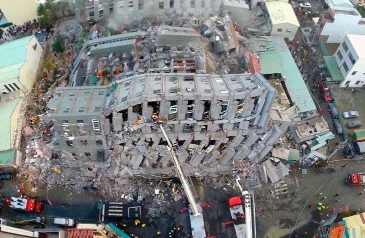 Застройщик рухнувшего при землетрясении на Тайване дома арестован