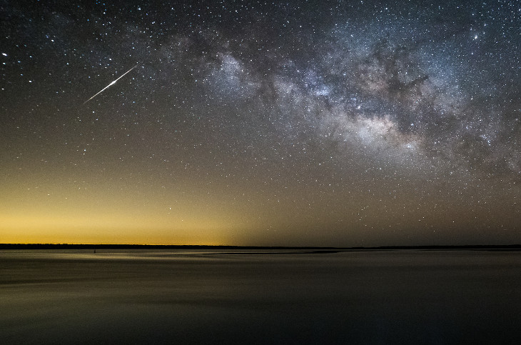 Земляне смогут наблюдать метеоритный дождь потока Эта-Аквариды