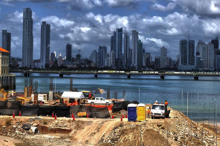Панама разорвала дипломатические отношения с Тайванем