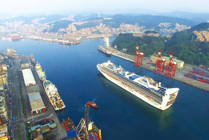 Портовые города срочно увеличивают приёмные мощности