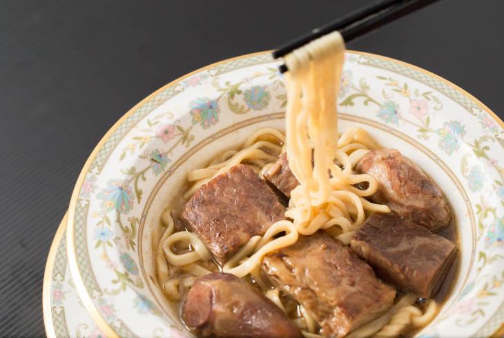 Самый дорогой в мире суп-лапша с говядиной и секрет приготовления