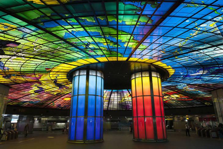 Станция метро Гаосюна в числе семи самых впечатляющих в мире. Formosa Boulevard
