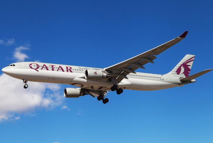Qatar Airways сделала 100 тайваньских бортпроводников китайцами