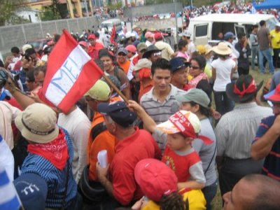 Hundreds of thousands marched through the capital Tegucigalpa to say goodbye to President Manuel Zelaya on January 26, 2010 following the 2009 military coup. photo: KGNU News