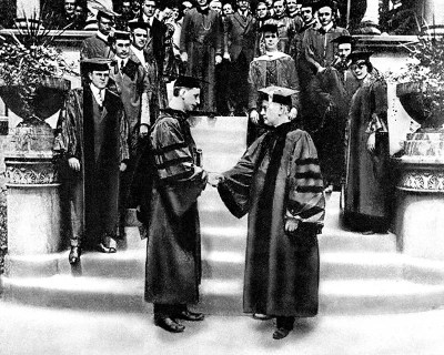 Honorary degree Eamon DeValera