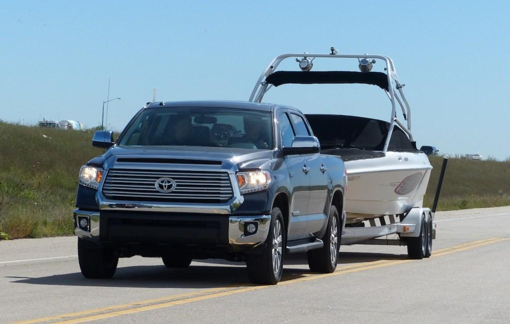 2014 Toyota Tundra Boat