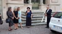 Ringraziamento ai Lions da parte della Presidente Celestina Franchino con Silvia Balbo, Emanuela Pastorelli e Mons. Mancinelli