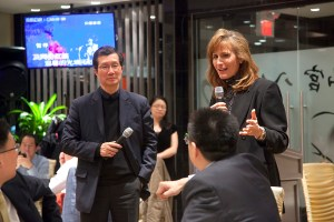 Figure 1- Ontario Liberal leadership candidate Sandra Pupatello meets with members of Markham's Chinese business community in November 2012.