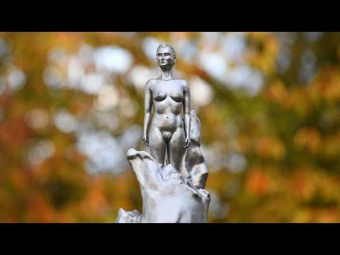 Βρετανία: Πάνω από 200 χρόνια μετά τον θάνατό της, ένα άγαλμα για την «μητέρα του φεμινισμού»…