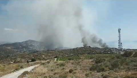 Νάξος: Δυνάμεις αέρος για την κατάσβεση της φωτιάς