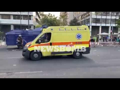 newsbomb.gr: Επεισόδια με έναν τραυματία στο Σύνταγμα