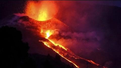 Λα Πάλμα: Κατέρρευσε μέρος του κρατήρα