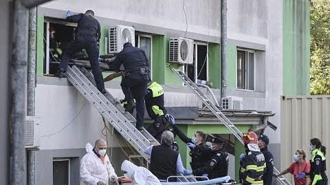 Ρουμανία: Τουλάχιστον επτά ασθενείς έχασαν τη ζωή τους από πυρκαγιά σε νοσοκομείο…