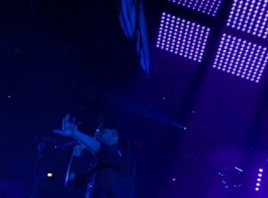 The Weeknd performed with a live band. (Ariana LaBarrie/Medill)