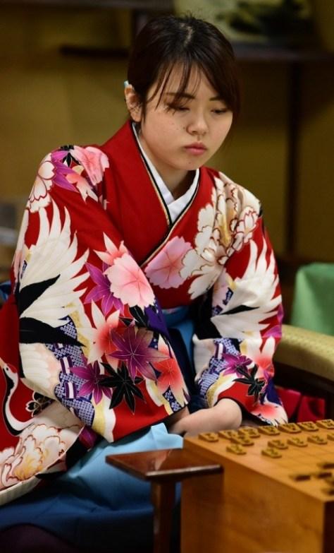 加藤桃子新女流三段。4月からはすべての女流棋戦に参加できる