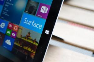 Dell, HP to resell Microsoft's Surface Pro tablets