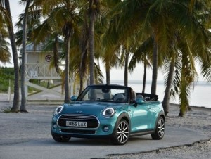 BMW unveils 2016 MINI Convertible, targets March 2016 launch