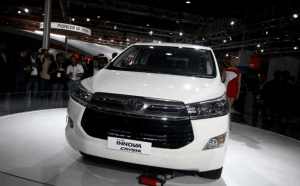 Toyota Innova Crysta launches Q2 2016