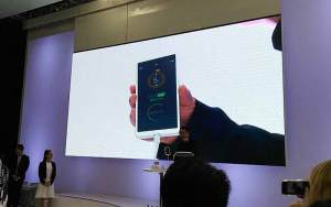 Oppo's New Super VOOC Battery Tech Charges Phones in 15 Minutes