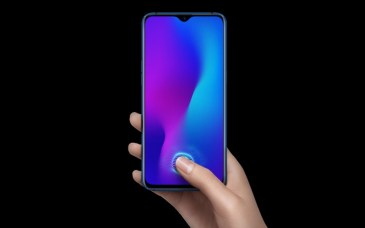 Oppo R17 unveiled with full display, tiny notch and in-display fingerprint sensor