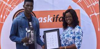 NaijaTechGuide wins Best Tech Influencer of the Year Award!!!