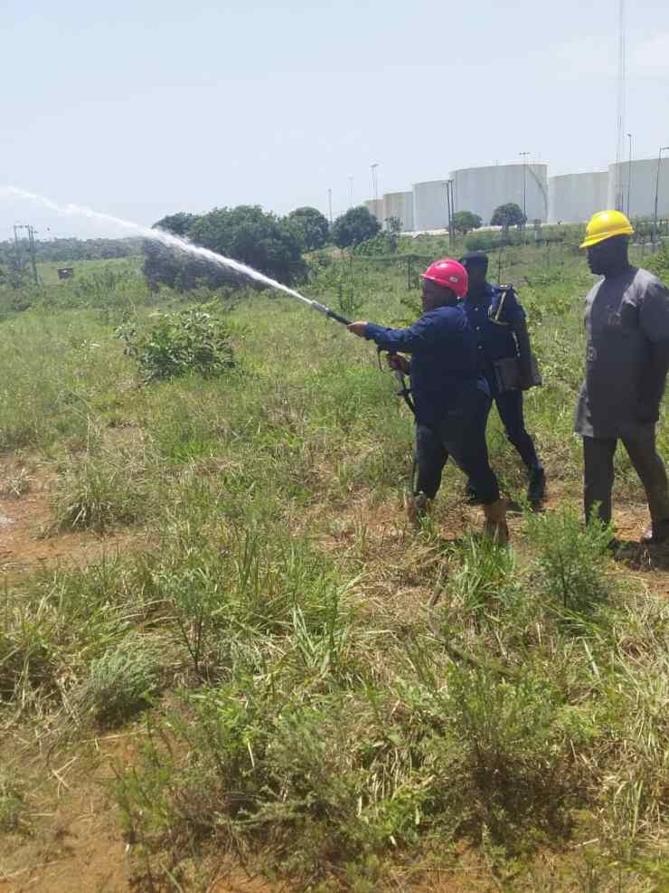 9 - Another Fire Fighter Staff Test-Run the saft Equipments