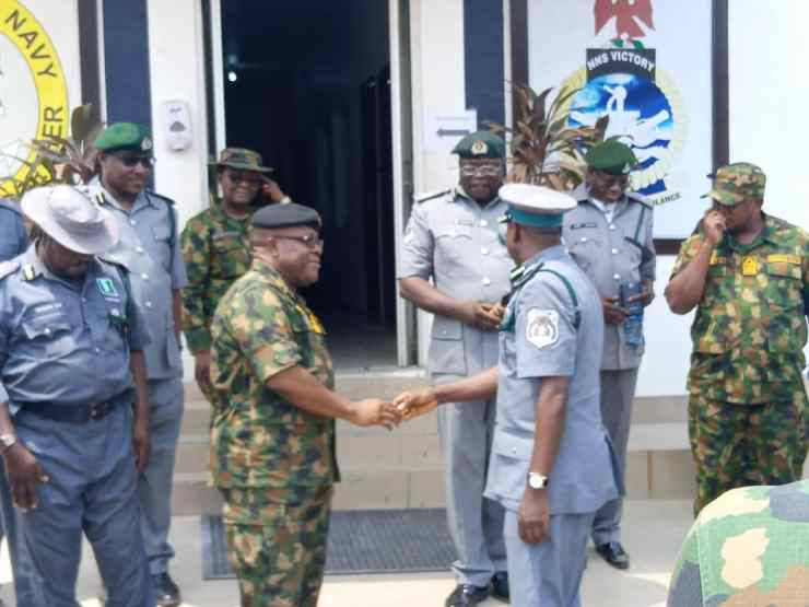 Comptroller Dogara and his officers during courtesy visit to Nigerian Navy (Eastern Marine Command)
