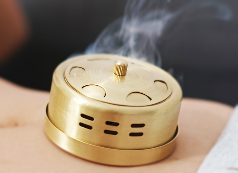 Detoxify the air with moxibustion