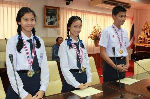 นักเรียนดาวรุ่งวิทยา คว้าเหรียญทองการแข่งขันศิลปหัตถกรรมระดับชาติ