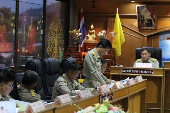 เทศบาลตำบลฉลองประชุมสภาสามัญ สมัยที่4 ประจำปี พ.ศ.2558