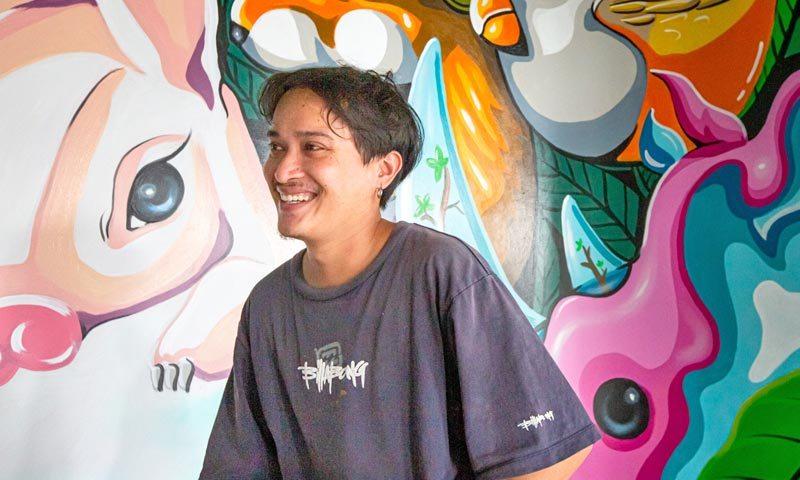 KAILAND ศิลปินภูเก็ต ถ่ายทอดศิลปะ Street Art ณ HOMA Phuket Town