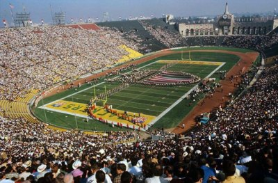A Look Back at Super Bowl Field Designs | Chris Creamer's ...
