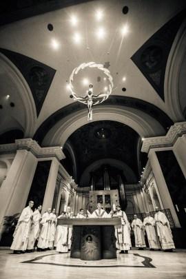Fr. Michael Becker celebrates a Mass in the Chapel of St. Thomas Aquinas kicking off Borromeo Weekend.