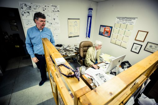 Art Cullen (right) talks with his brother, John Cullen, publisher of the Storm Lake Times.