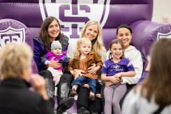St. Thomas' homecoming brought smiles for multiple generations. (Liam Doyle/University of St. Thomas)