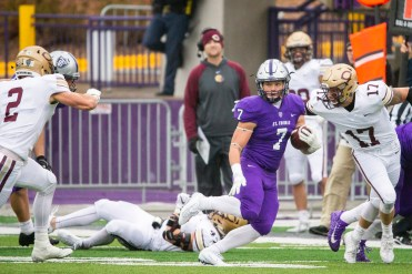 St. Thomas' players found room to run throughout a 51-6 victory over Concordia-Moorhead. (Liam Doyle/University of St. Thomas)