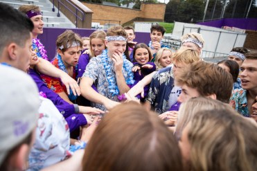 Students ignored the weather to wear clothes more suited for tropical locals during homecoming. (Liam Doyle/University of St. Thomas)