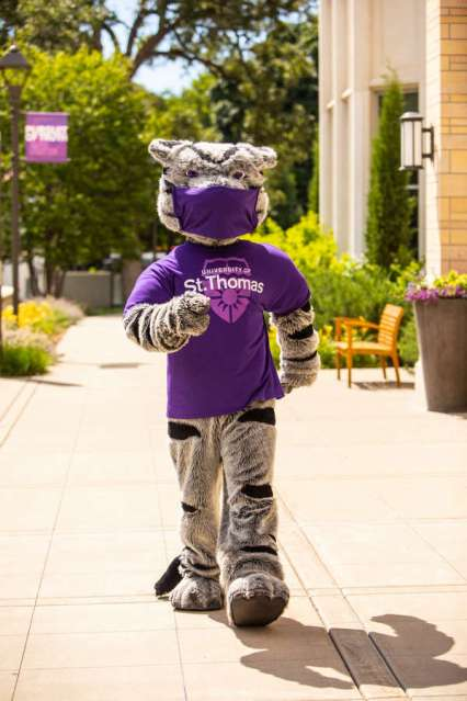 Even Tommie wear a mask on campus. Mark Brown/University of St. Thomas
