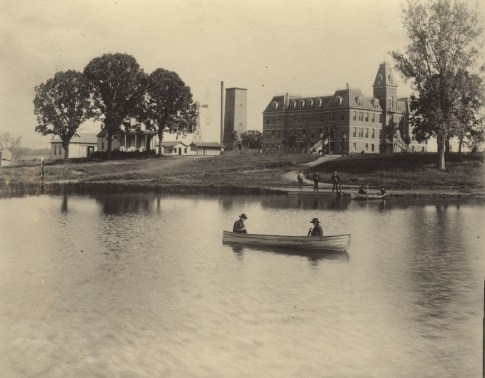 Campus of the St. Thomas Aquinas Seminary, later called the College of St. Thomas, ca. 1887.