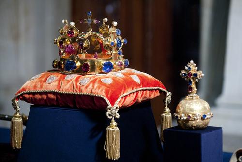 Bohemian crown jewels with large pink ruby via yakub88 / Shutterstock.com