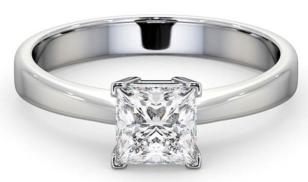 Liv Tyler lookalike ring with princess cut diamond solitaire on platinum band
