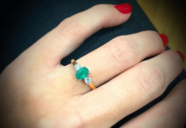 Emerald ring - green gemstone jewellery