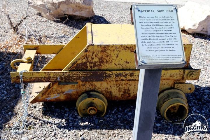 Material Skip Car