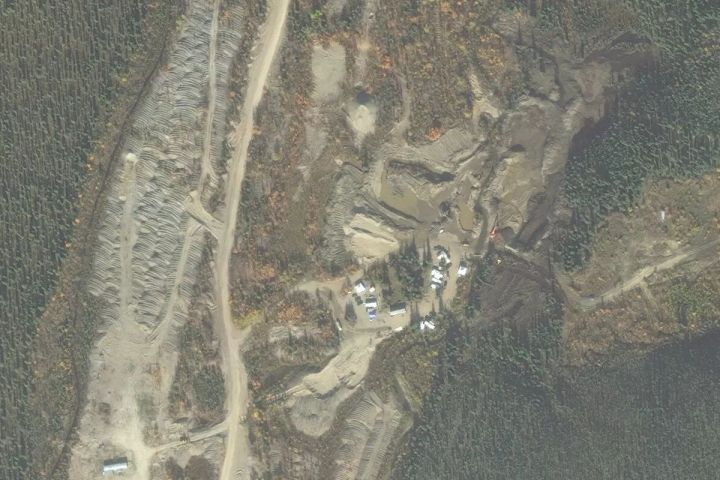 Satellite map view of the Quartz Creek Mine in the Yukon, Canada mined by the Hoffman crew over Season 2 and 3 of the Gold Rush reality TV series from Discovery Channel.