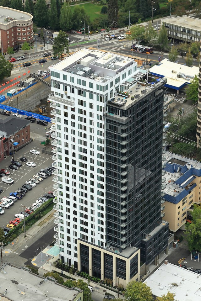First Hill, LUMA Condominiums, Lowe Enterprises, Weber Thompson, Red Propeller, Seattle, McAvoy Real Estate, Lease Crutcher Lewis