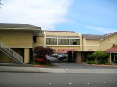 Puget Sound Sandstone Inn Econo Lodge SeaTac Kidder Mathews Seattle King Pierce Snohomish hotel sales where to stay in room