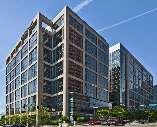 The Summit, Hines Global REIT, Hines, Bellevue 355 110th Ave NE